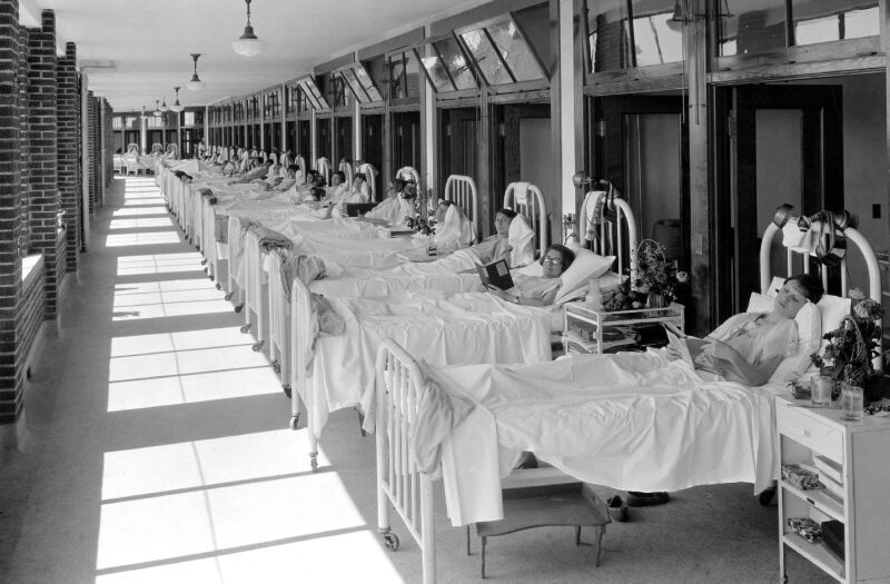 Waverly Hills Patients in Bed